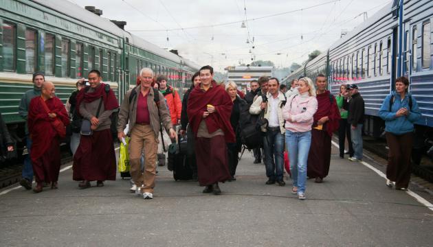 Прибытие его Святейшества Тринле Тхае Дордже, Семнадцатого Кармапы в Иркутск